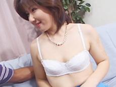 オバタリアン倶楽部 :【無修正】島村由真 ウブなフリする淫乱妻