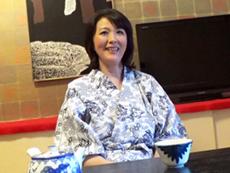 ダイスキ!人妻熟女動画 :47歳の主婦が刺激を求めてAVクルーたちと温泉に不倫SEX旅行に出かける 円城ひとみ