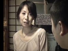 ダイスキ!人妻熟女動画 :金貸しからの執拗な肉体要求や嫌がらせに辟易した母子はついにお互いのカラダを…
