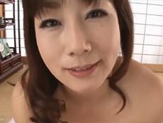 熟女ストレート :四十路の綺麗な巨乳母が息子を誘惑して中出しセックス! 宮部涼花
