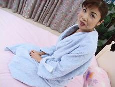 裏・桃太郎の弟子 :【無修正】杉山奈美子 普段は看護婦として働く普通のおばさん