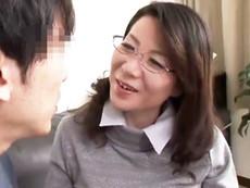 ダイスキ!人妻熟女動画 :五十路で巨乳のおばさん家庭教師の押しの強さに童貞を奪われ中出ししちゃったw 大石忍