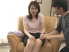 熟女ストレート :五十路を迎えた美熟女の人妻が初撮りセックス!ナマで他人棒を受け入れるw 高田すみれ