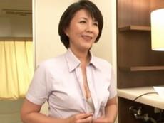 ダイスキ!人妻熟女動画 :ランジェリーの訪問販売の四十路おばさんが客と濃厚セックスで商品アピール 円城ひとみ