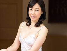 ダイスキ!人妻熟女動画 :麗しの55歳・美熟女がバックから突かれて乙女のような甲高い声で喘ぐ! 福田由貴