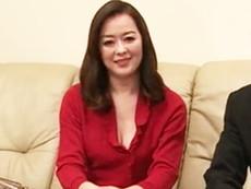 高齢人妻熟女動画 あっふ〜ん :「他人に犯される妻が見たい」ネトラレ趣味の夫が妻を連れてAV現場にやってきた 栗野葉子