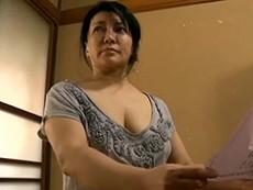 熟女ストレート :霧島ゆかり 未亡人の巨乳熟女(五十路)が魅せるオナニー&肉欲SEX!