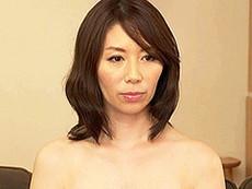 キレイな人妻熟女動画 :超リアル!未来型熟女ダッチドールを試してみた! 翔田千里
