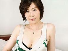 ダイスキ!人妻熟女動画 :美白&美乳が素敵な46歳の熟女妻が寝バックハメに「あぁぁイイイ〜〜っ!」 竹内梨恵