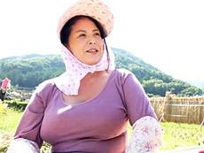 ダイスキ!人妻熟女動画 :田舎で稲刈りをするLカップ爆乳のデブぽちゃ四十路おばさんを抱く! 八木あずさ