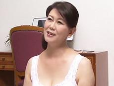 高齢人妻熟女動画 あっふ〜ん :求められればどこでも股を開く五十路家政婦のおばちゃん 美原幸江