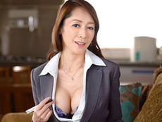 高齢人妻熟女動画 あっふ〜ん :強烈な肉体接待で契約を取りまくるヤリ手の52歳保険のおばさん 南條れいな