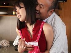 B専タケダ :「あなた…ごめんなさい」私、旦那がお風呂に入っている30分の間、いつも義父に抱かれています。 葵つかさ