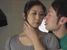熟女ストレート :吉岡奈々子 元妻だった四十路の巨乳熟女と中出し不倫する元旦那!