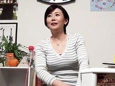 高齢人妻熟女動画 あっふ〜ん :熟女ナンパ ショートカットが似合う45歳奥さんをヤリ部屋に連れ込んでセックス隠し撮り!