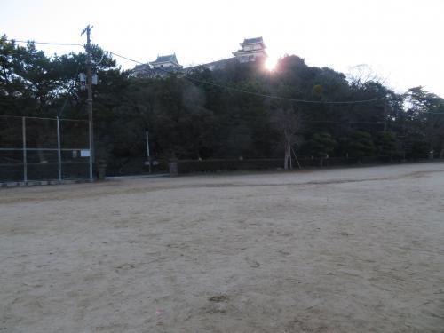 2017 1 1 和歌山城 (砂の丸広場)