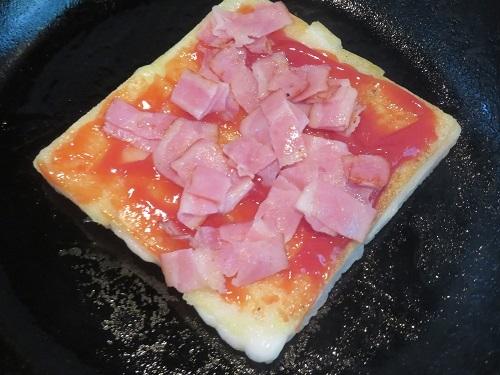 2020 6 5 餅ピザ(ランチ)