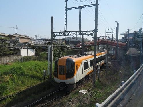 2019 4 7バス車窓より 近鉄電車